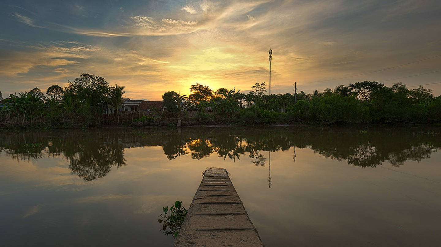 Sunset in Mekong delta | © Jos Dielis/Flickr