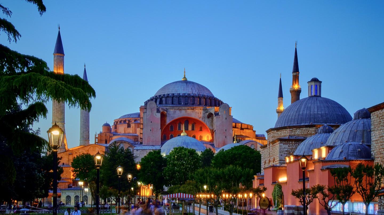 Hagia Sophia | © Pedro Szekely / Flickr