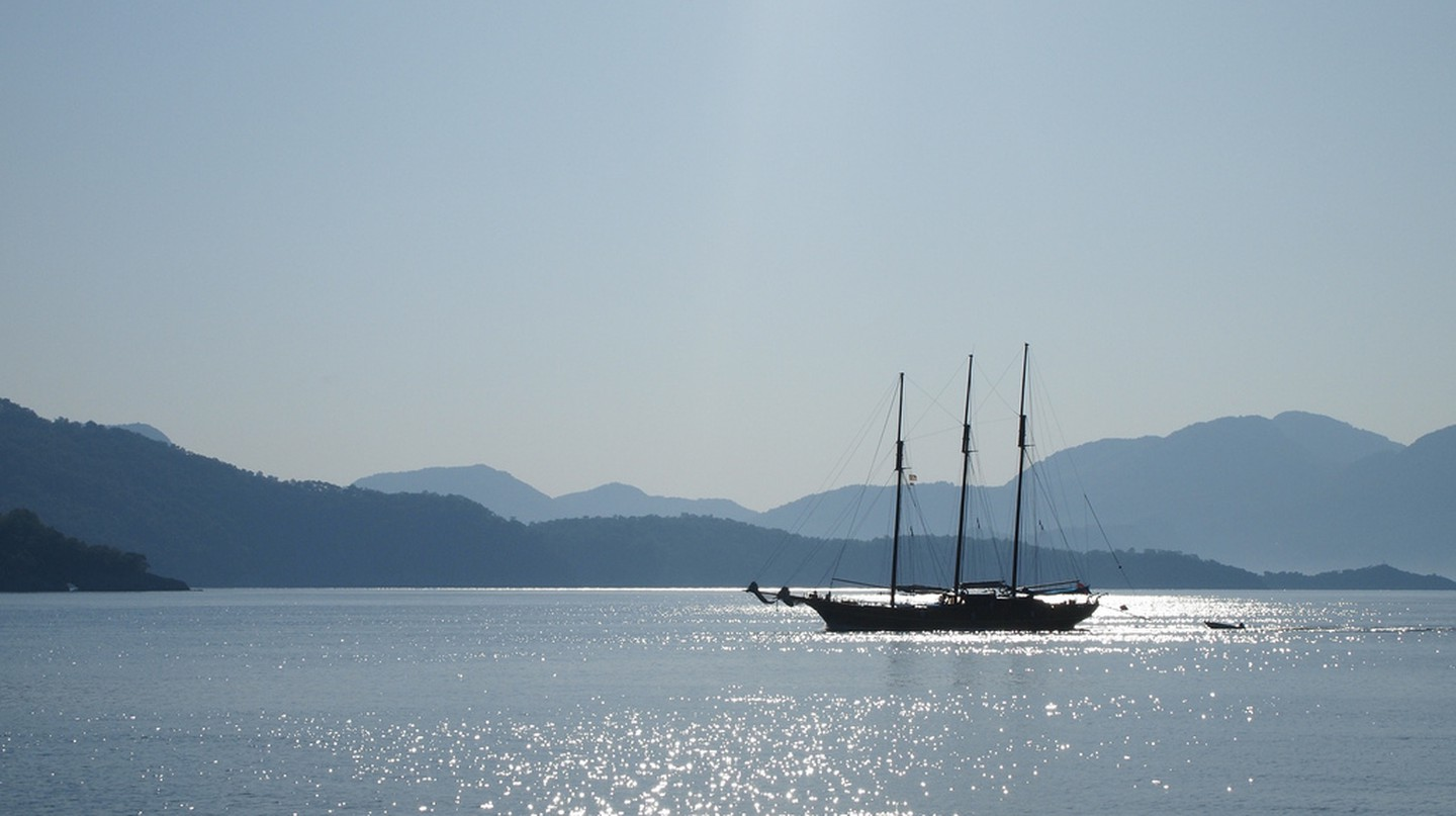 Boat on the Aegean | © Stew Dean/Flickr