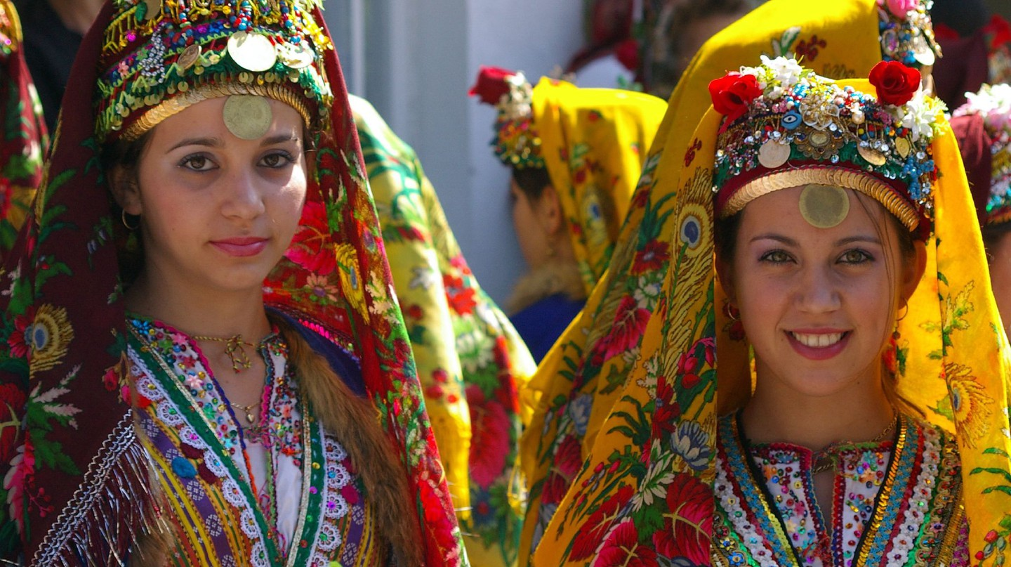 Bulgarian folk dancers | © Donald Judge/Flickr