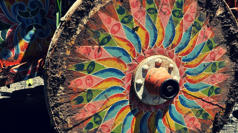 Colorful tradition I © Pablo Contreras/Flickr