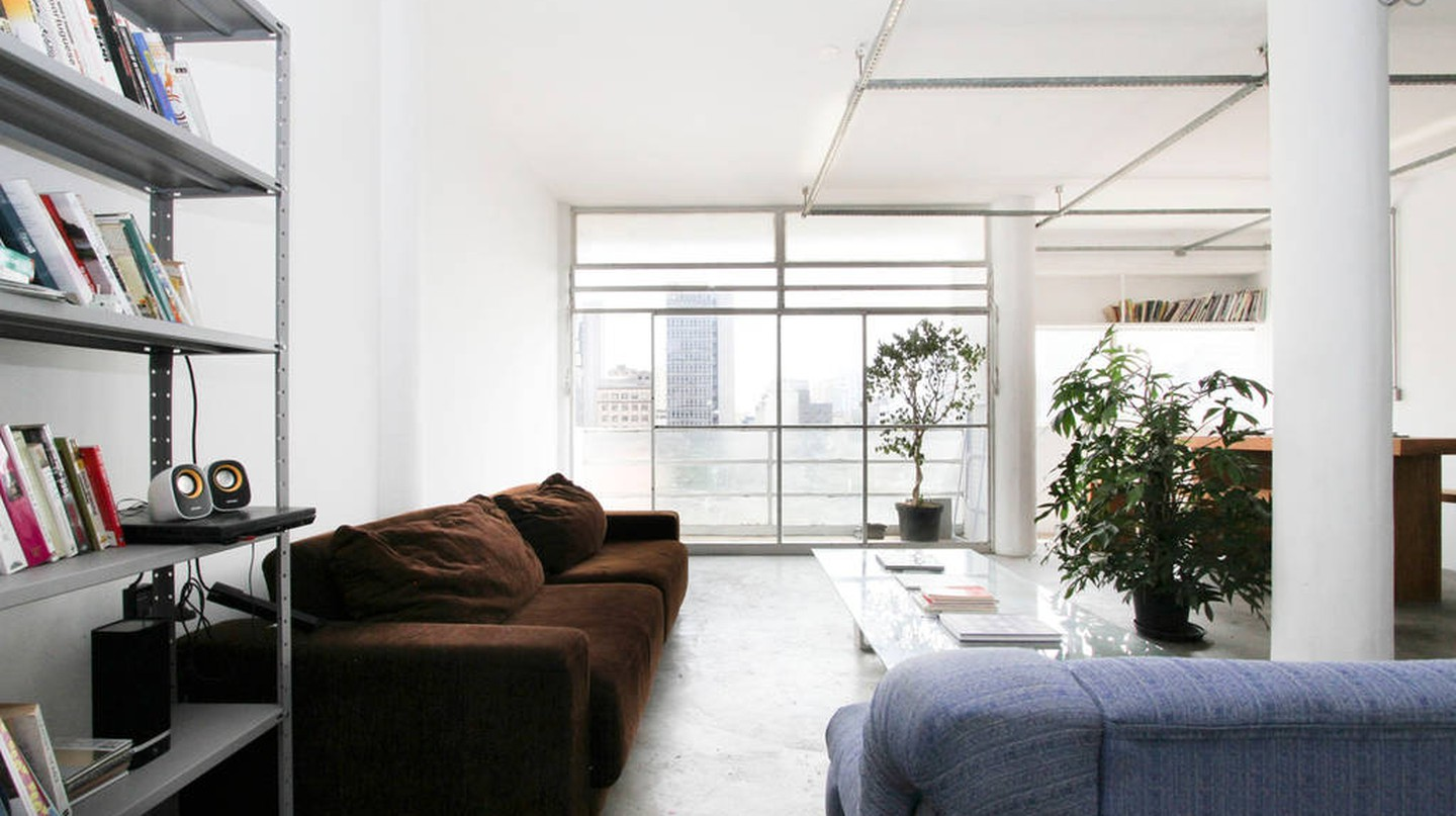 Stylish modernist loft | Courtesy of Vincent/Airbnb
