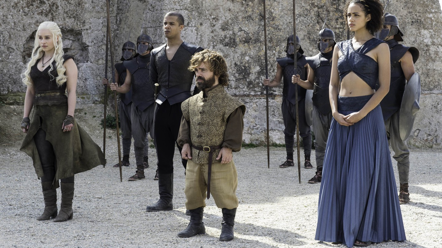Emilia Clarke as Daenerys, Peter Dinklage as Tyrion Lannister, Nathalie Emmanuel as Missandei | © HBO