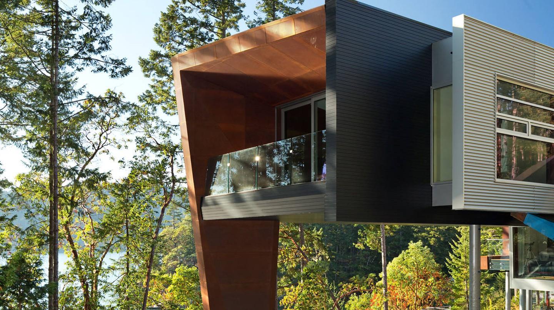 Gulf Islands, BC: Origami House. 2014 prefab design by Tony Robins | © HGTV