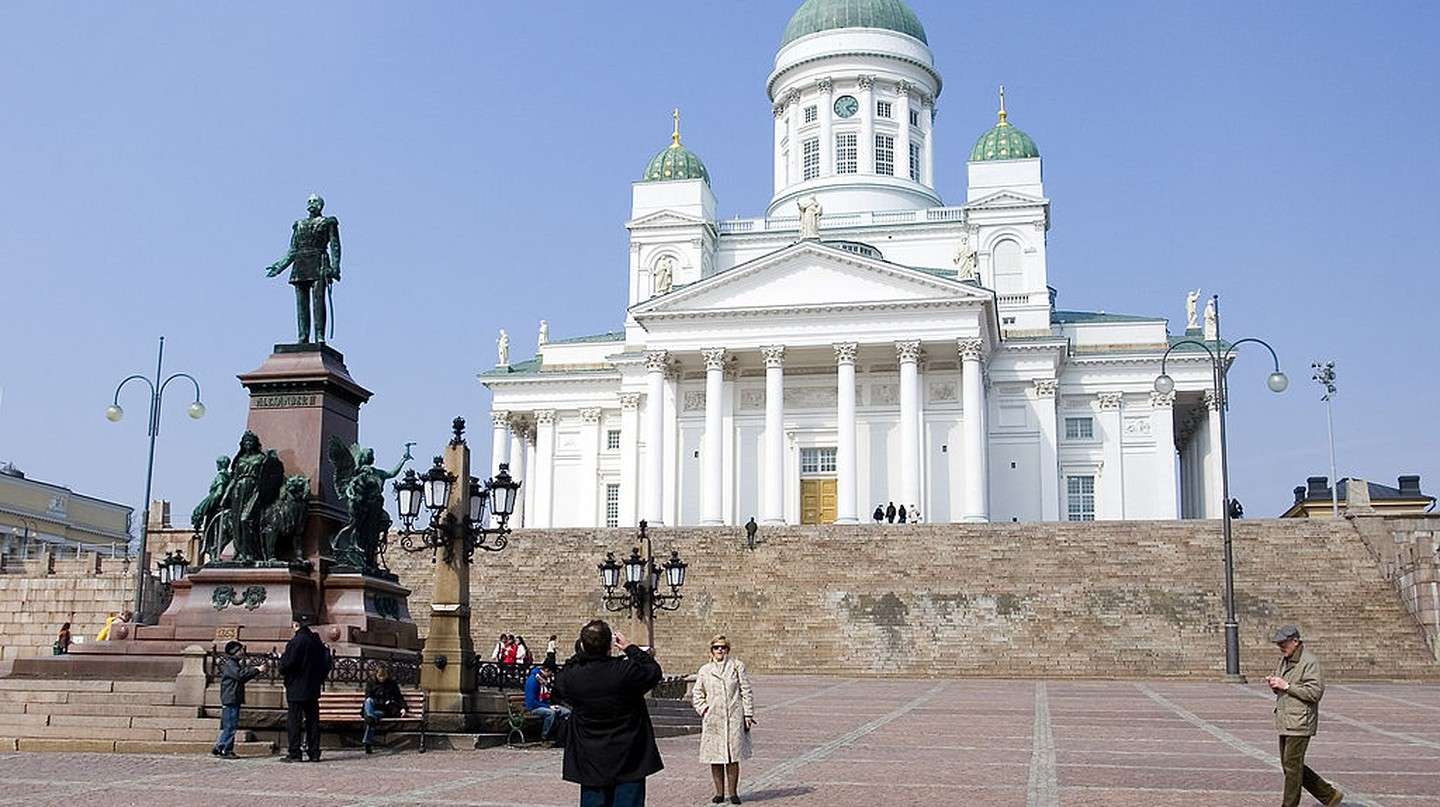 The Helsinki Cathedral and Senate Square | © Sergey Ashmarin/WikiCommons
