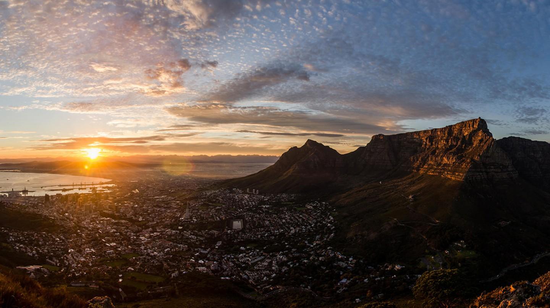 Cape Town Winter Sunrise | © Daniel Manners/Flickr