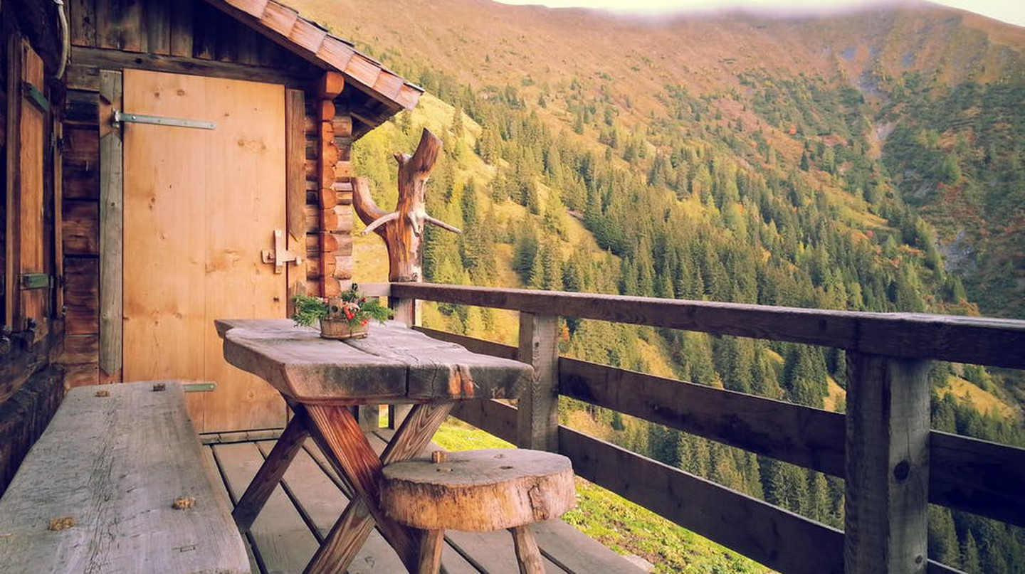 A cabin in the forest | © Unsplash/Pexels
