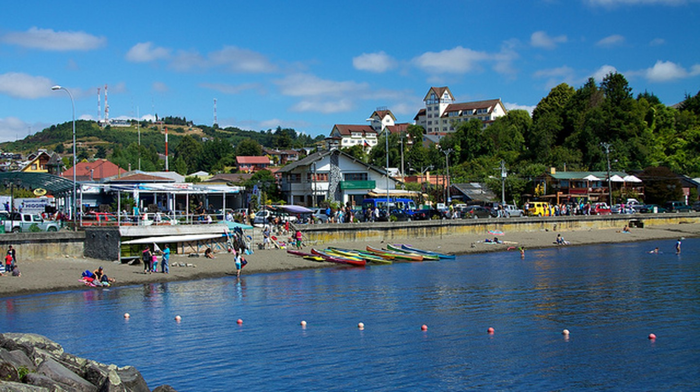 Puerto Varas I © McKay Savage/Flickr