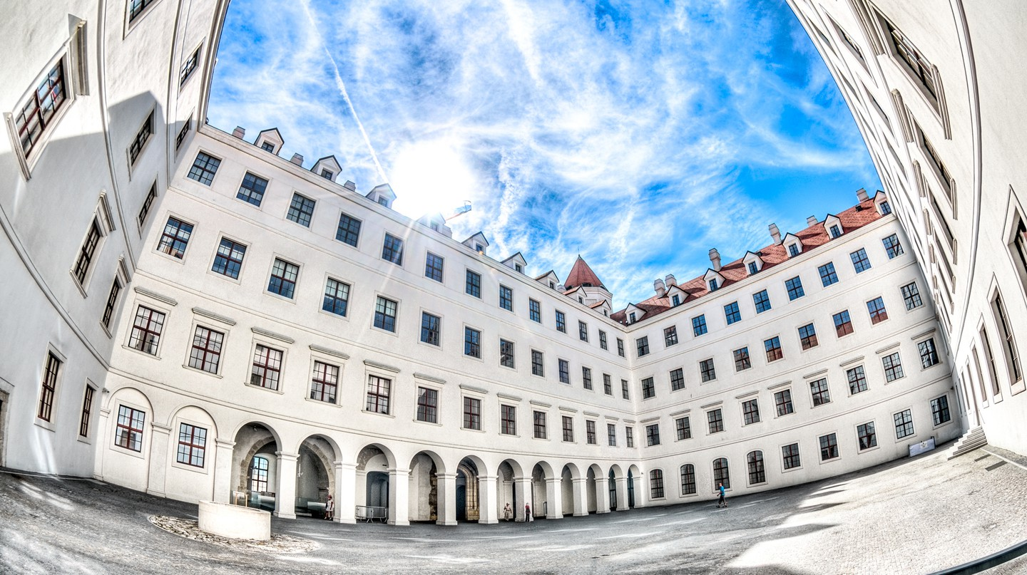 Bratislava Castle's interior courtyard is often overlooked I © KurtBauschardt/Flickr