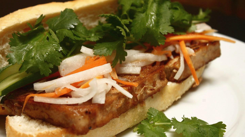 Tofu banh mi   © isaac'licious/Flickr