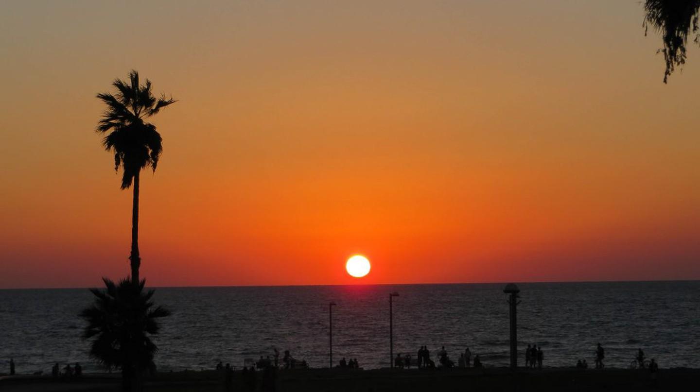 Simmering Sunset | Ⓒ Chris Hoare/Flickr