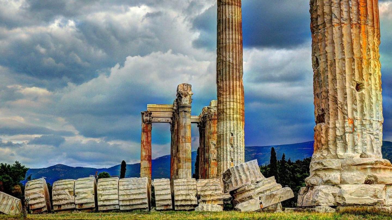 Temple of Olympian Zeus, Athens | © PixaBay