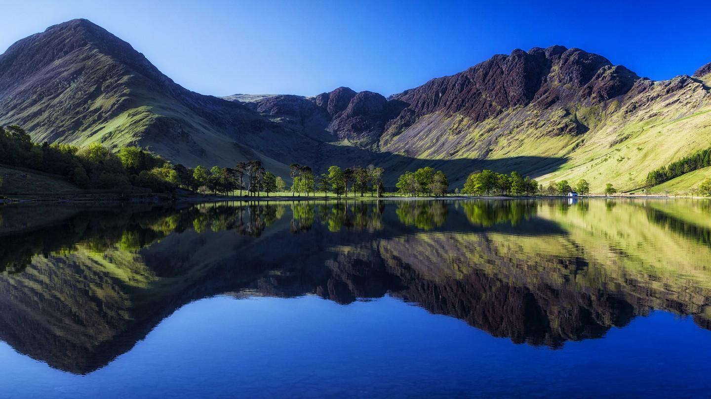Buttermere, Lake District   © John Mcsporran/Flickr