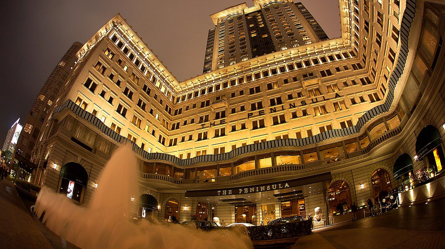 The Peninsula Hotel,  Hong Kong I © ho baek/Flickr