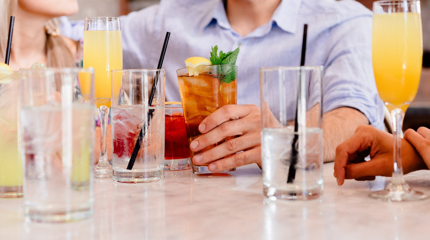 Drinking | © Stocksnap / Pexels