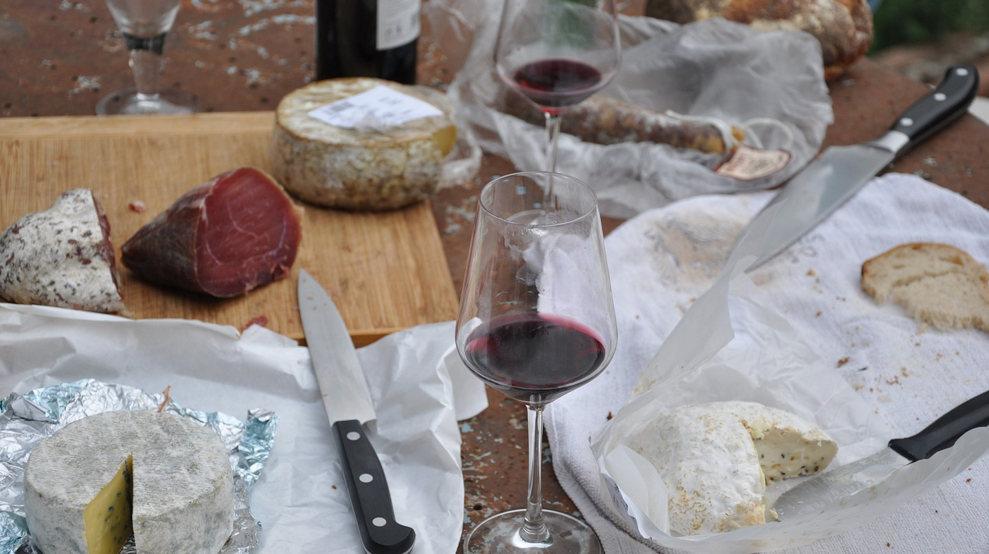 "<a href=""https://pixabay.com/en/picnic-cheese-wine-food-bread-787117/""> Wine, cheese, and bread 