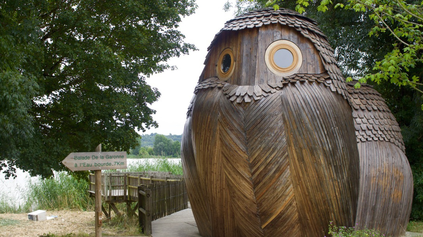Sleep in Free Off-The-Grid Owl Cabins in Bordeaux