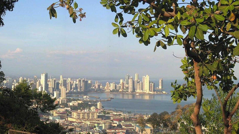 Panama City seen from Cerro Ancón | © DirkvdM / WikiCommons