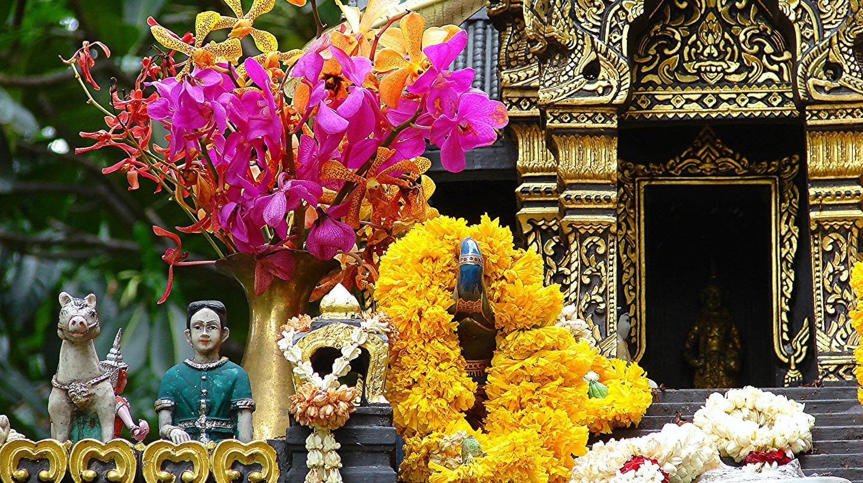 Spirit House at U.S. Embassy, Bangkok | © l.hillesheim / Flickr