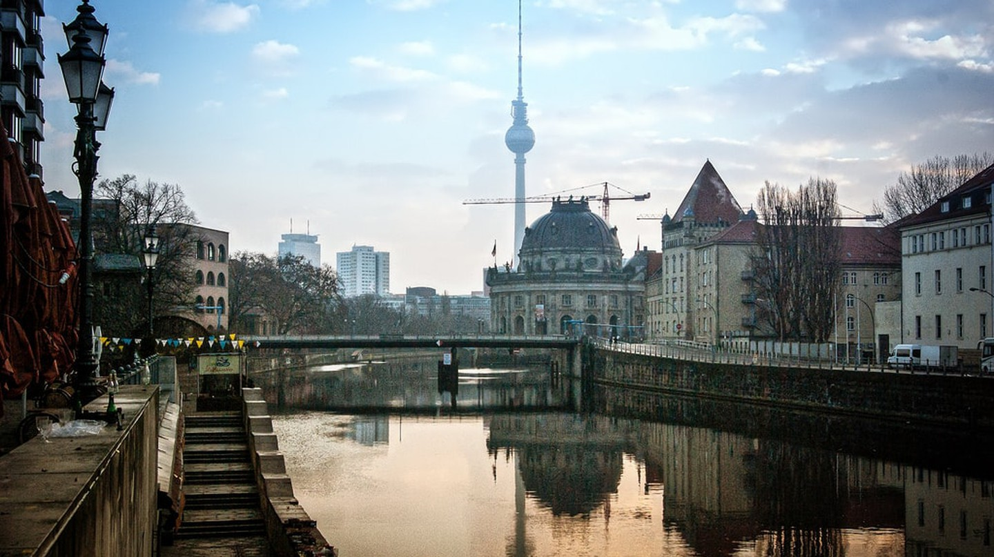 "<a href=""https://www.flickr.com/photos/ands78/23811556910/"" target=""_blank"" rel=""noopener noreferrer"">Beautiful Berlin 