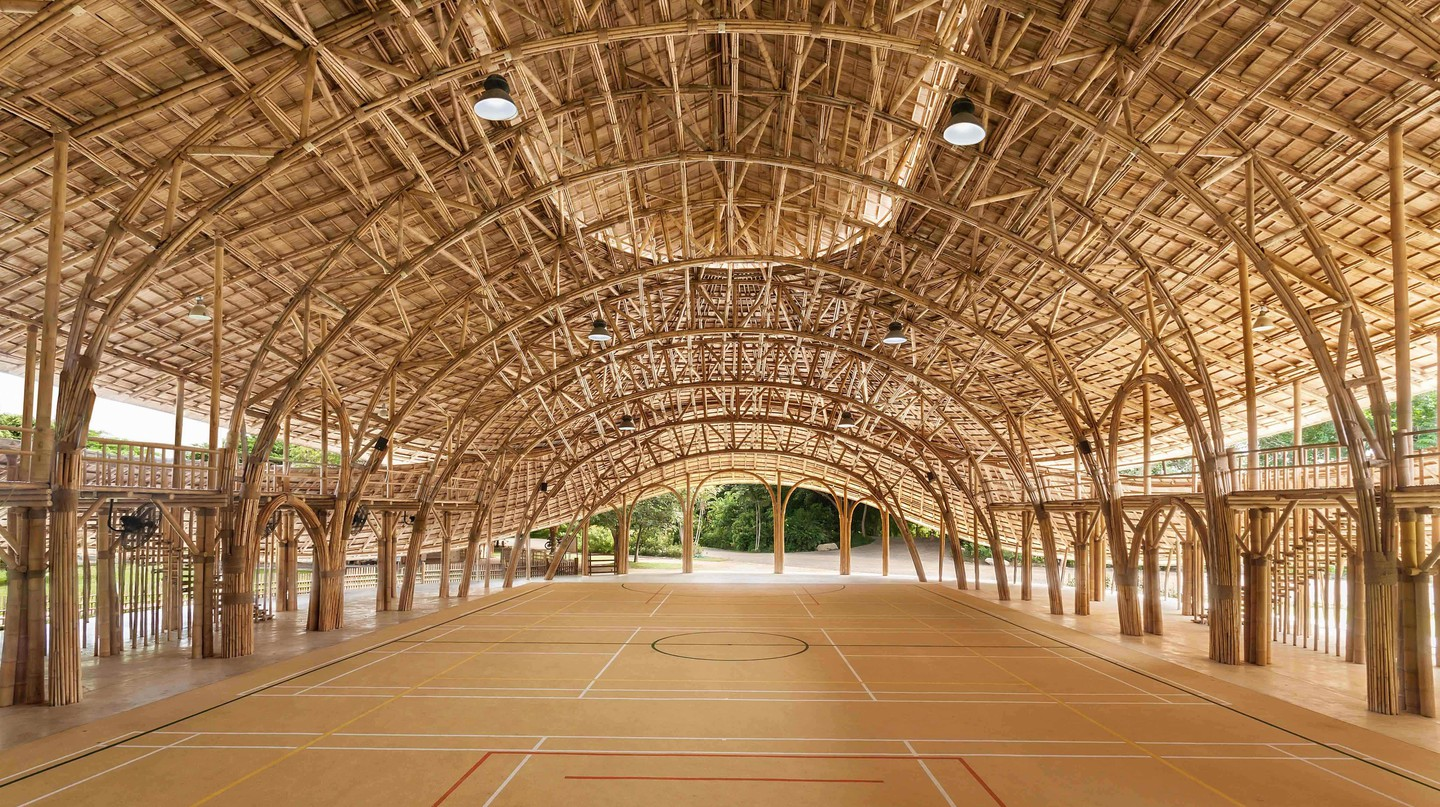 Bamboo Sports Hall at Panyaden International School | © Alberto Cosi, Courtesy of Chiangmai Life Architects
