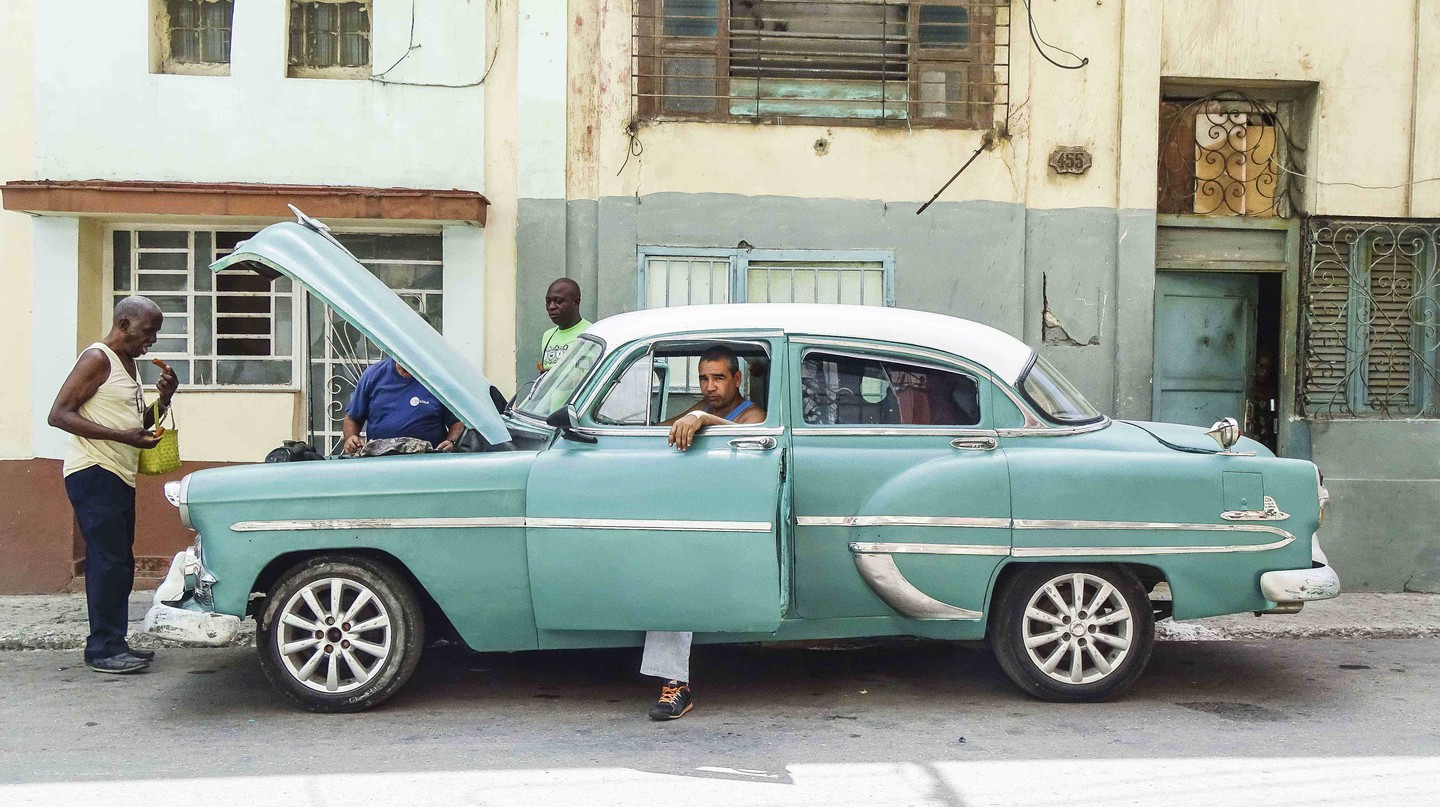 Centro Havana | Photo edit by Amanda Suarez © Amber C. Snider