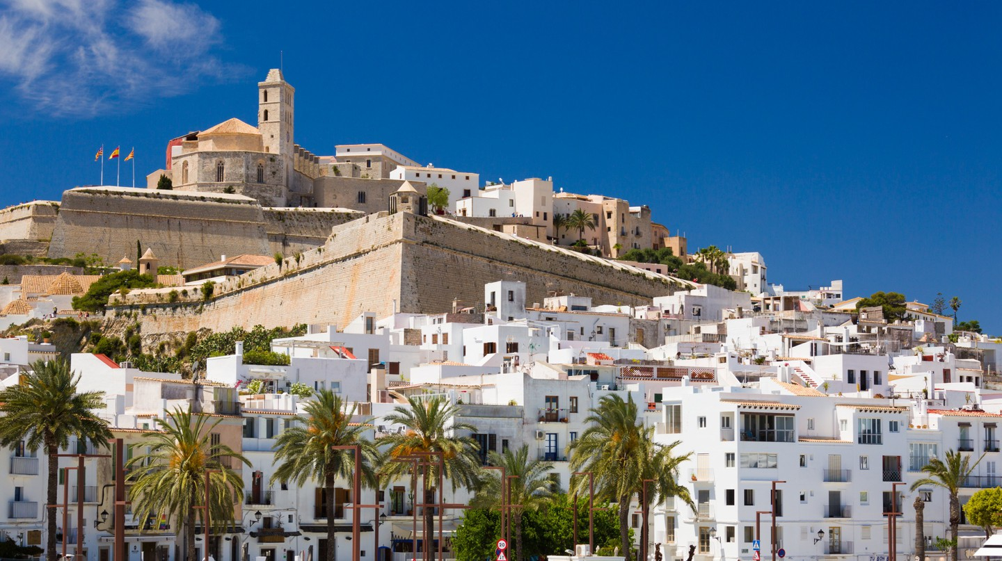 """<a href=""""http://www.publicdomainpictures.net/view-image.php?image=174953&amp;picture=ibiza-town-view"""" target=""""_blank"""" rel=""""noopener noreferrer"""">Ibiza Town   Petr Kratochvil / Public Domain Pictures</a>"""