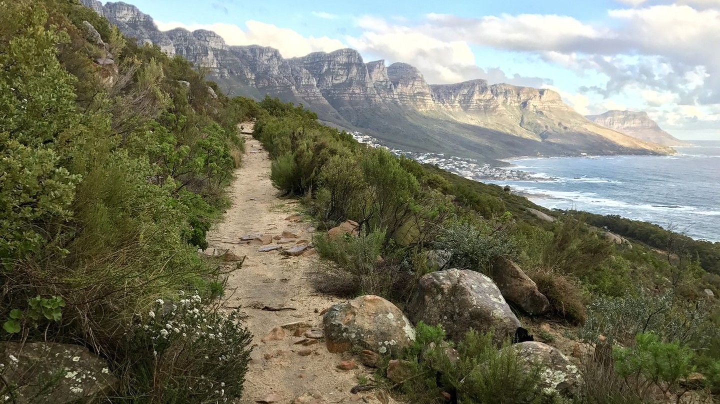 View from the base of Lion's Head, Cape Town | © Andrew Thompson