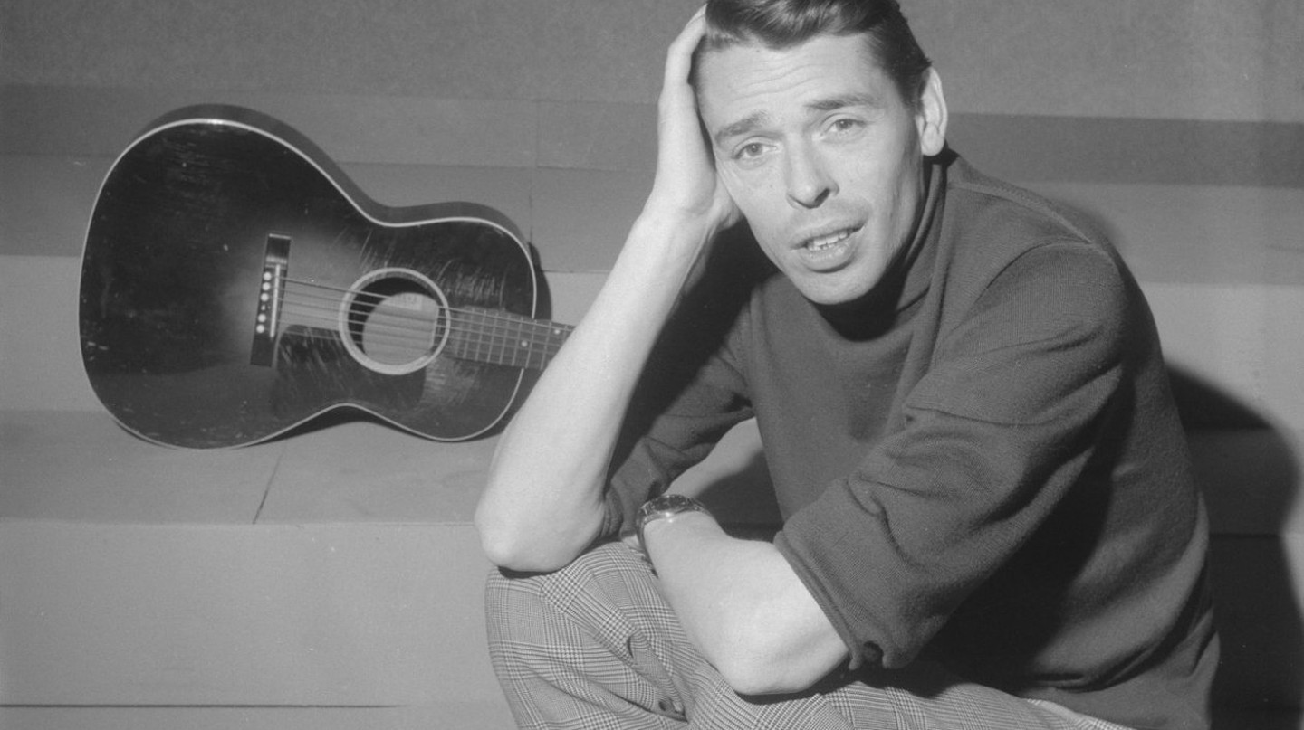 Jacques Brel in TV programme Domino