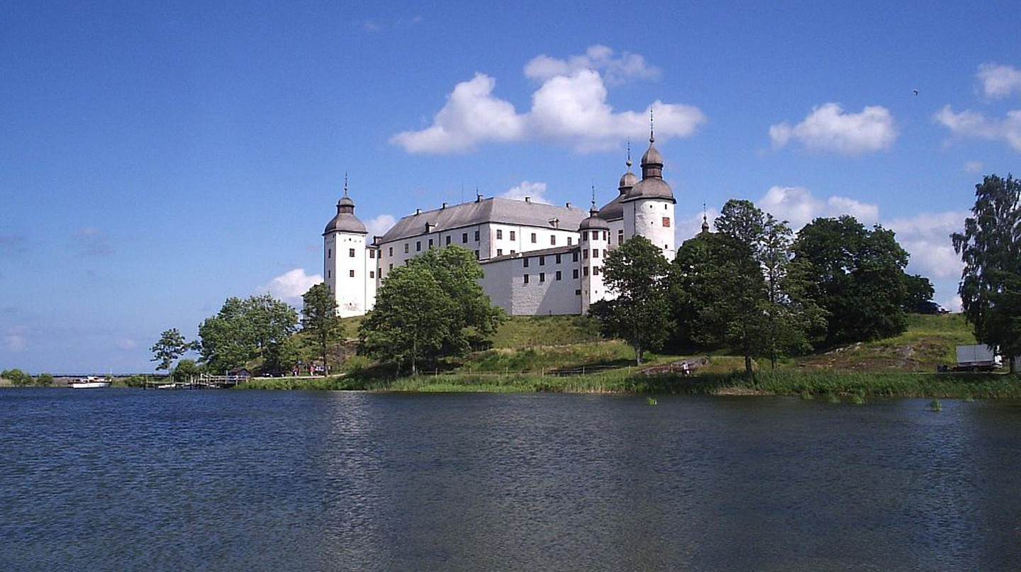 "<a href = ""https://commons.wikimedia.org/wiki/File:Läckö_slott,_den_13_juli_2006,_bild_26.JPG""> Läckö Slott 