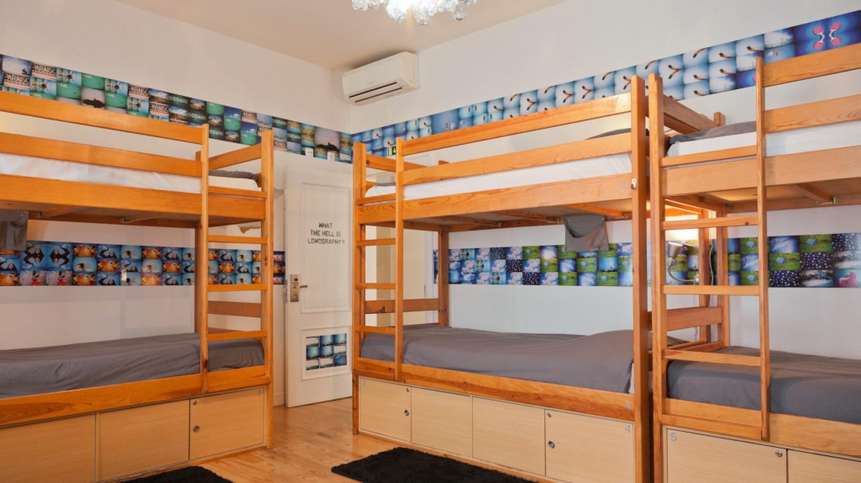Living Lounge Dorm | © Photo courtesy of Living Lounge Hostel