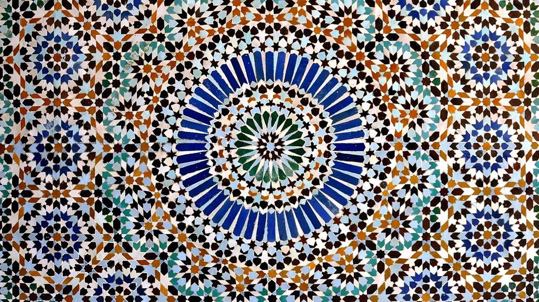 Striking Moroccan tile work, born in Fez | © Wikimedia Commons