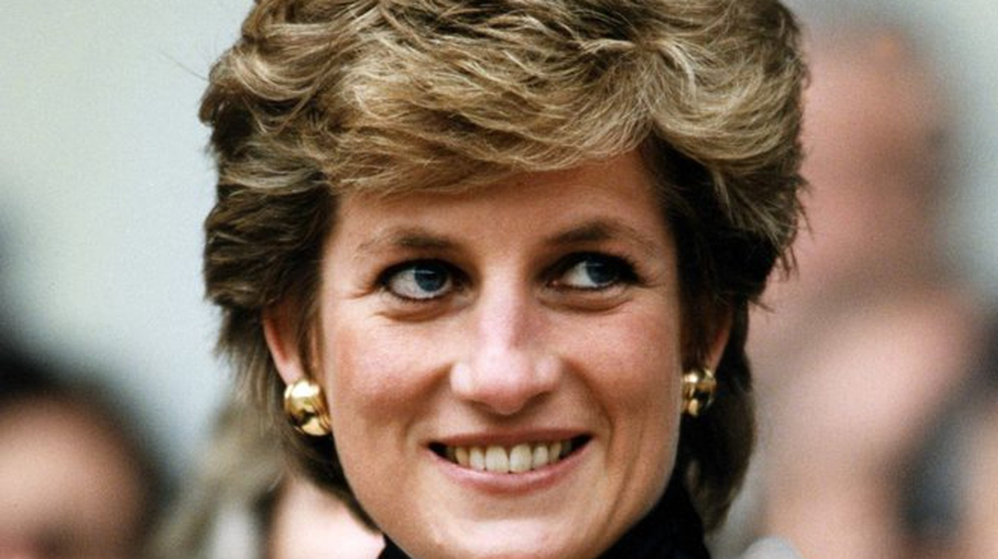 Princess Diana at the Parc des Princes│© Sipa Press / REX / Shutterstock