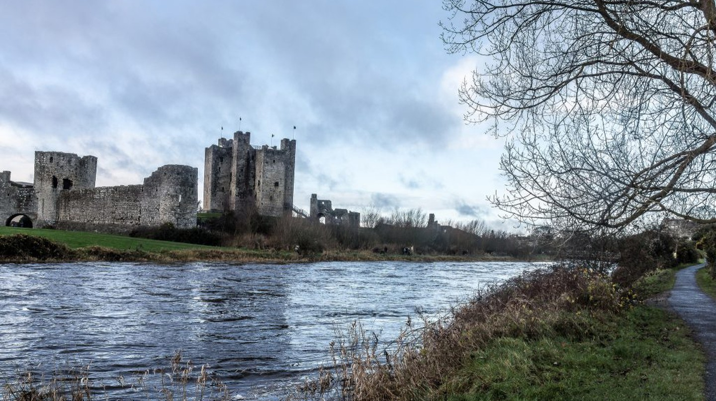 Trim Castle on the River Boyne | © William Murphy/ Flickr
