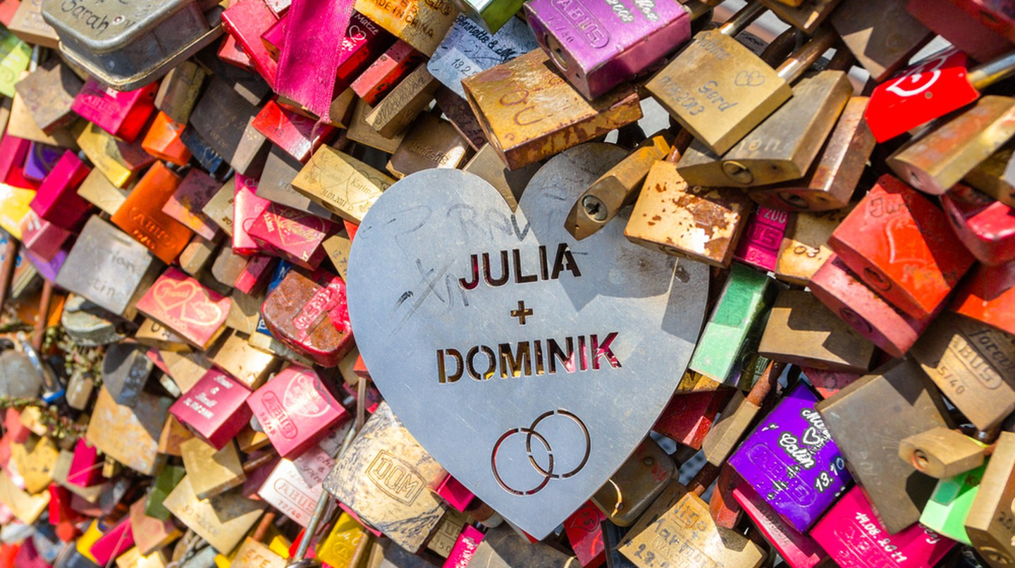 Some love locks stand out from the crowd | © Iryna Savina / Shutterstock