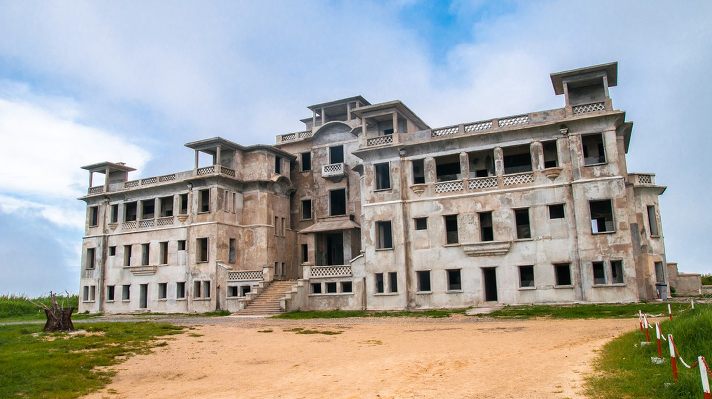 Abandoned Bokor Hill Station in Kampot