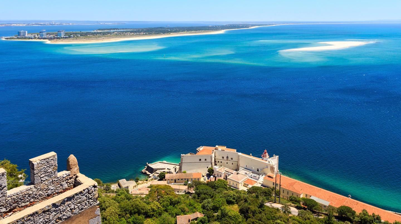 View from Setúbal   ©  Landscape Nature Photo / Shutterstock
