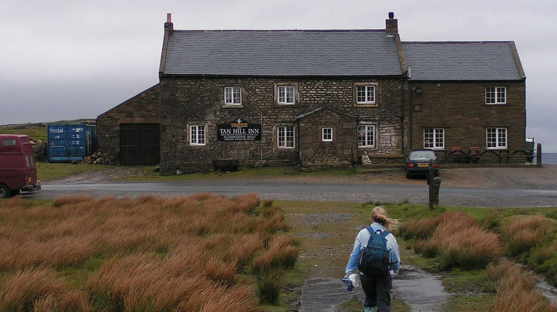 Tan Hill Inn | © Dave Dunford / Wikimedia