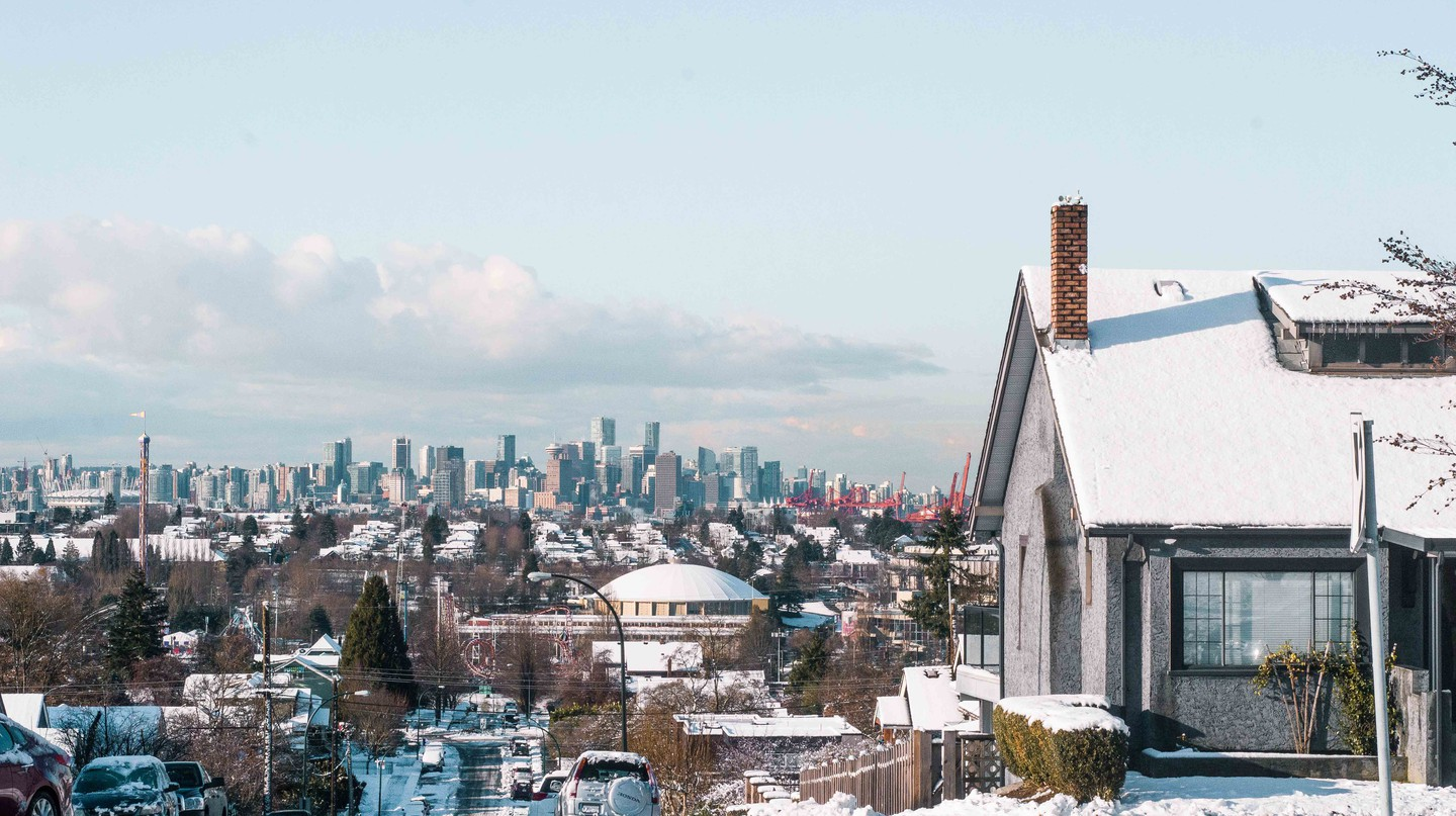 Snow day overlooking Vancouver | © Hayley Simpson