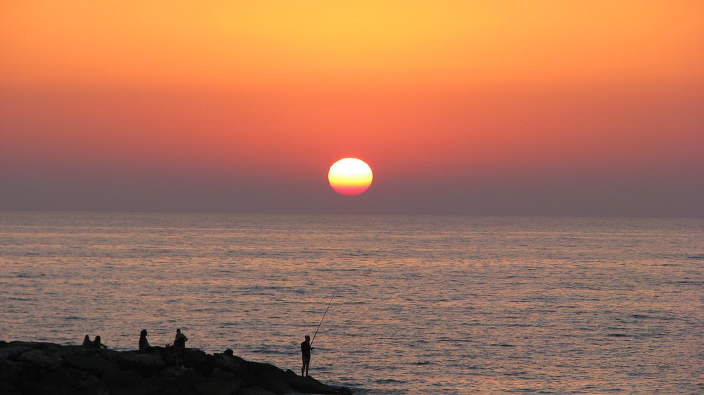 Tel Aviv sunset | © Yaffa Phillips / Flickr