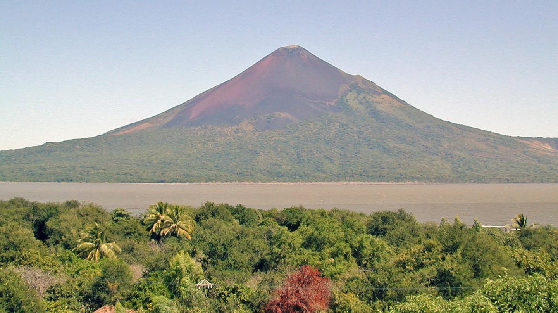 Momotombo volcano | © Jean-Pierre Dalbéra / Flickr