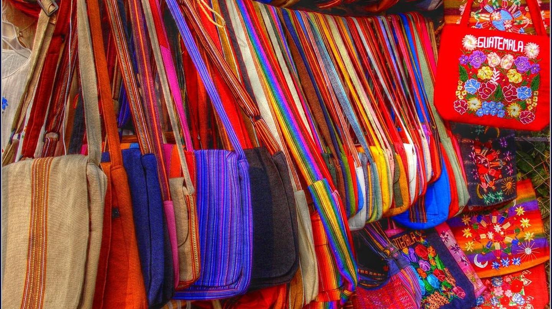 Guatemalan textiles, Lake Atitlan I © Fernando Reyes Palencia / Flickr