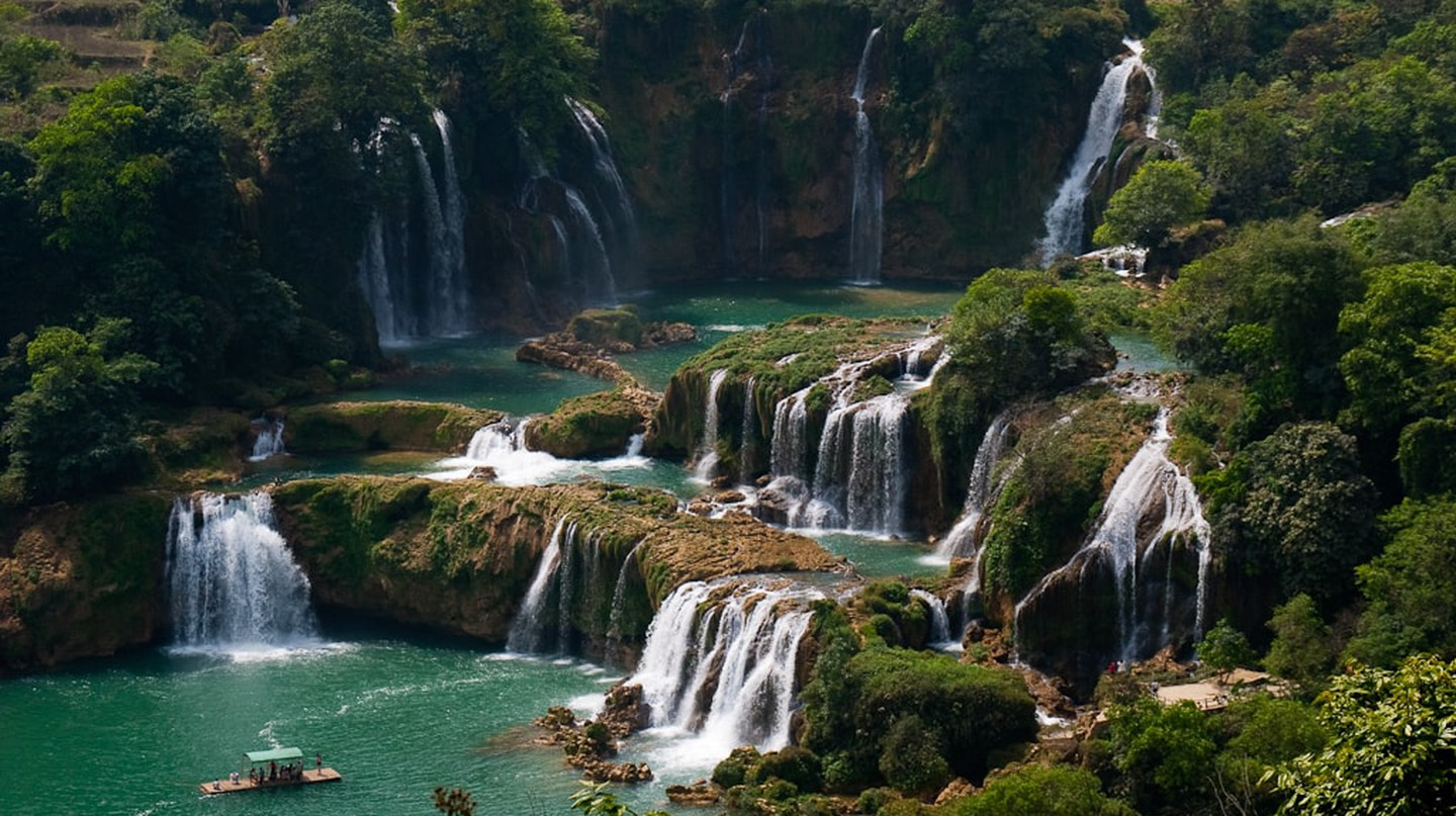 Waterfalls | © Jan Go/Flickr