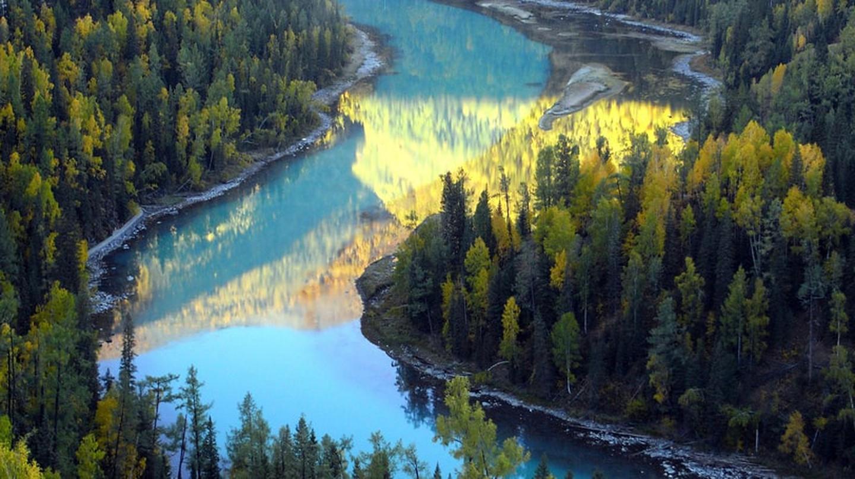 Kanas Lake, Xinjiang |© momo / Flickr