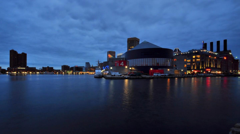 Blue Hour in Baltimore, Maryland | © Seth Oliver/Flickr