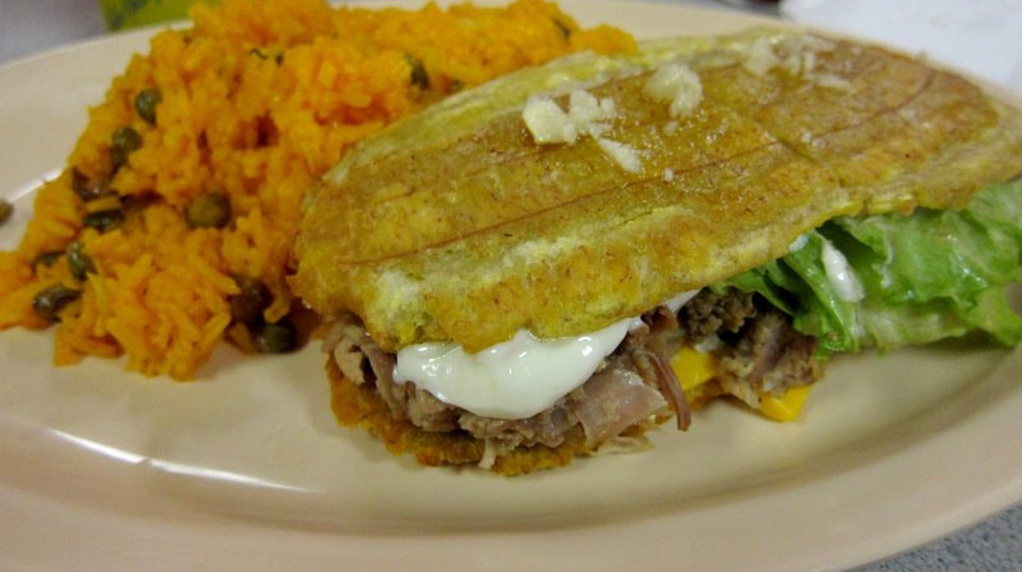 The Story Behind Chicago's Jibarito Sandwich