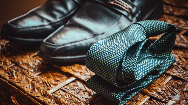 A selection of men's accesoires |Caio| Pexels