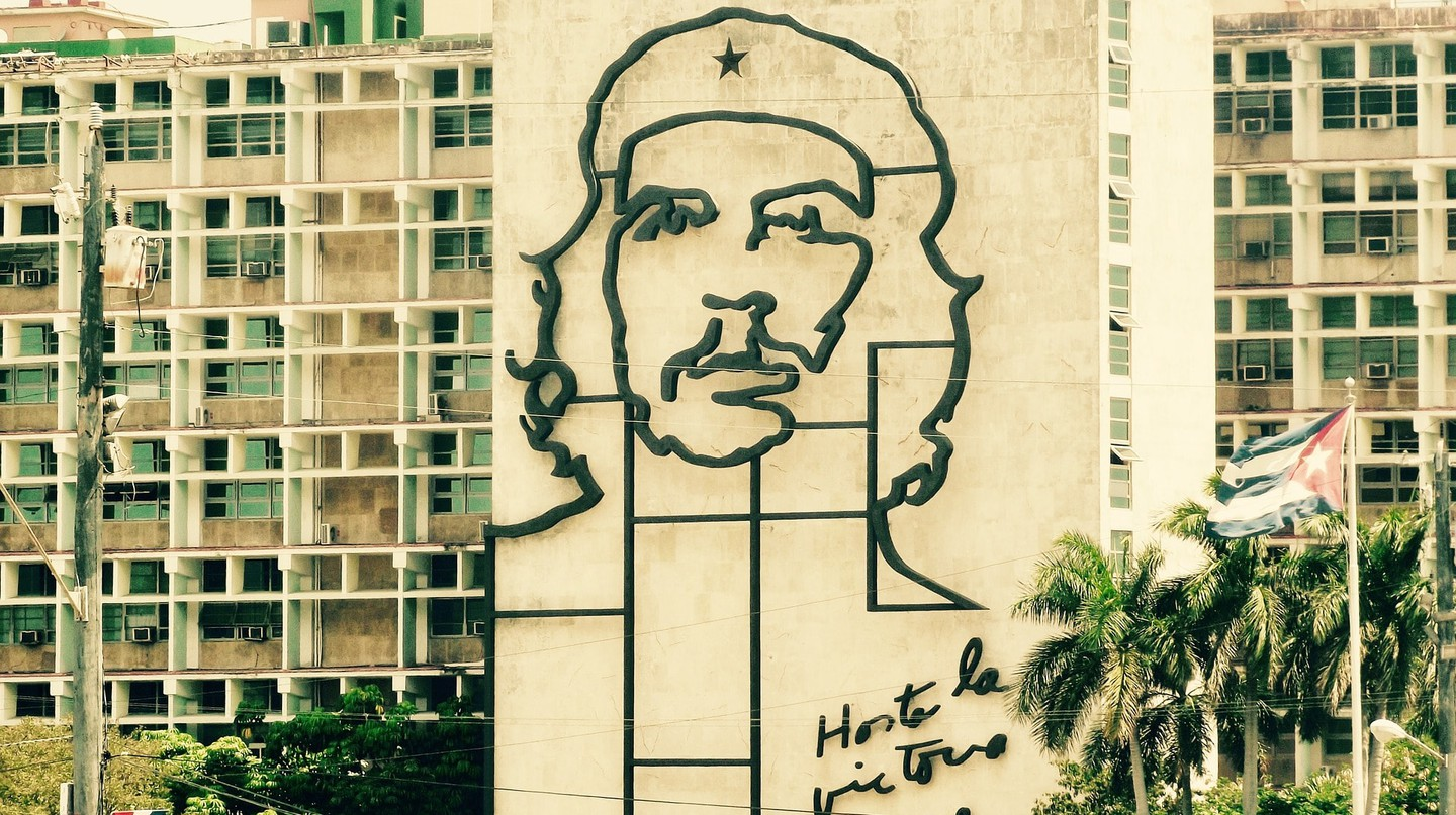Che Guevara's image is everywhere in Cuba © RC77
