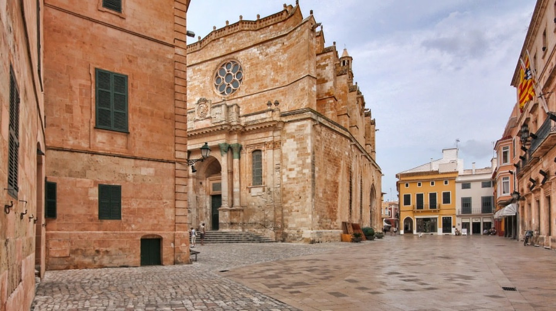 Ciutadella Old Town   © Paul Lakin / Wikimedia Commons
