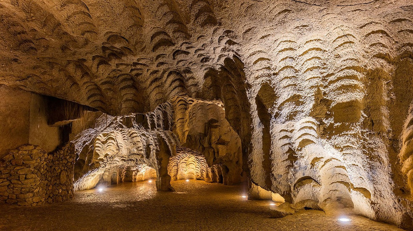 Caves of Hercules, Tnagier | © Diego Delso/WikiCommons